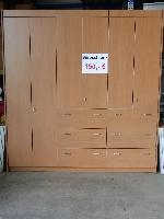 Büroschrank mit Auszügen und Einlegeböden
